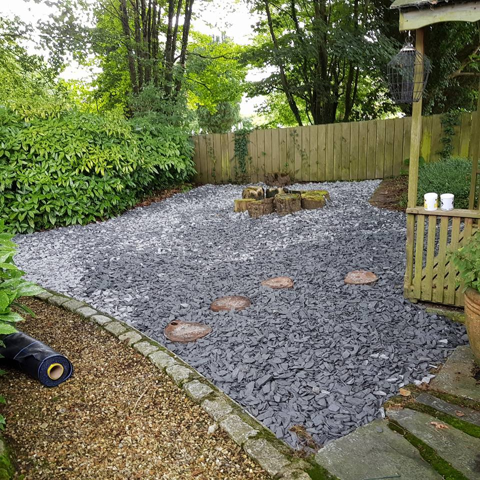 Garden and landscaping service in cornwall lanhydrock for Blue slate garden designs